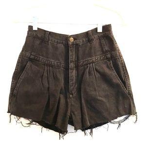 Pants - ✨Vintage High Waisted Black Denim Shorts